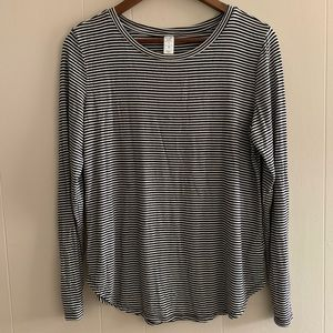 Old Navy Luxe Long Sleeve Black & White Stripes